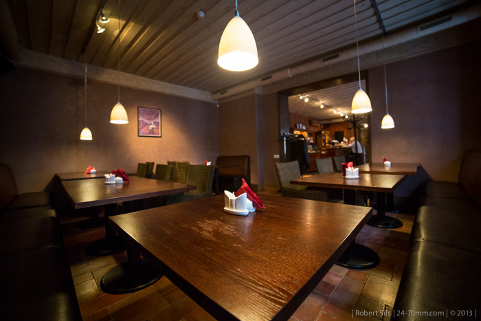 alehouse-beer-pub-riga-usa-interior-001-2