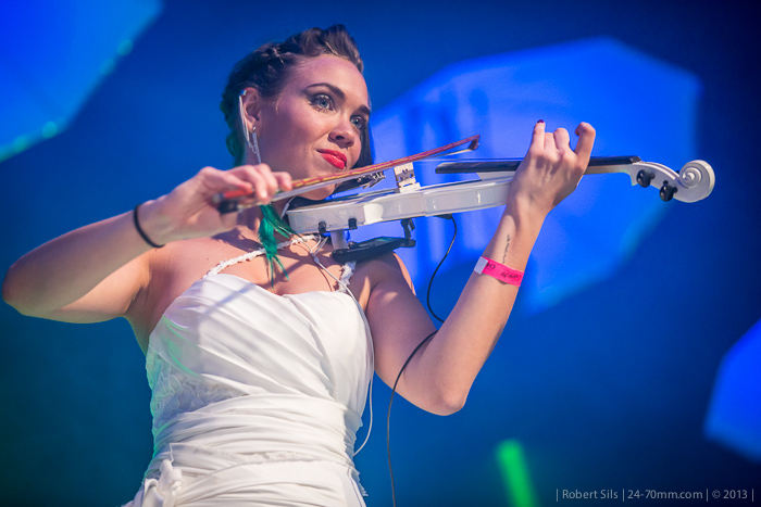 2013-03-30-CoyoteFly-electric-violin-trio-violina-0005